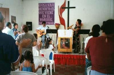Worship in Danli (4/7/02)