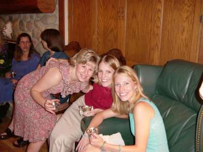 Sarah, Kelly, and JJ enjoying themselves