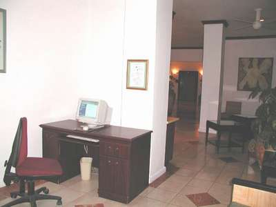 This is the computer room that is just to the left of the lobby when you enter. Here is where I tried my best to communicate w/Mom and Dad and/or Jamey and Adrian to plan our return pick-up.
